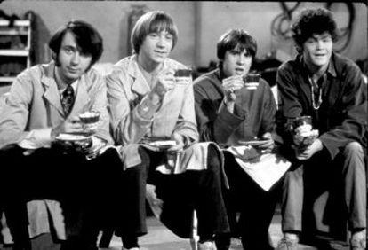 Los adorables The Monkees, solo unos rostros que ni cantaban ni tocaban.