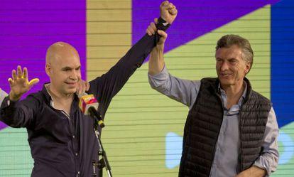 Horacio Rodriguez Larreta junto a Mauricio Macri (derecha).
