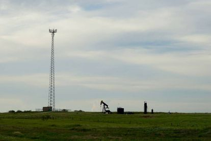 Pozo petrolífero en el condado de Oklahoma (EE UU).