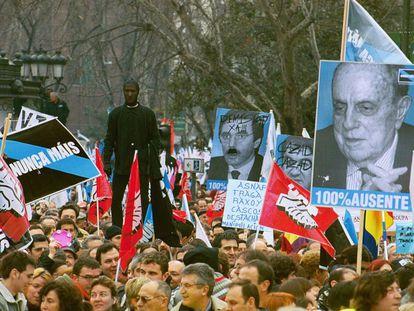Manifestación de Nunca Máis en Madrid, en febrero de 2003.