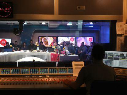 Un momento de la grabación del programa de la Cadena SER 'La vida moderna'.