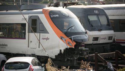 El tren que chocó en la estación de Francia el pasado 28 de julio, en la zona de apartado de las instalaciones.