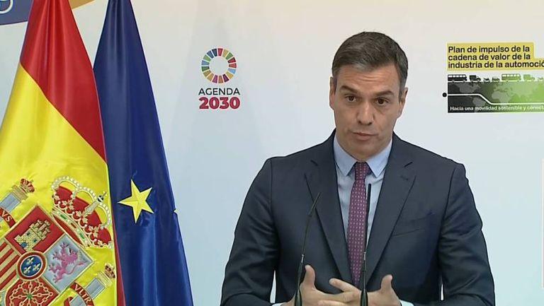 El presidente del Gobierno, Pedro Sánchez, presenta en La Moncloa el plan de apoyo a la automoción este lunes.
