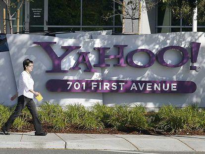 Fachada de la sede principal de Yahoo! en Sunnyvale, California.