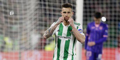 Rubén Castro festeja su gol ante el Leganés.