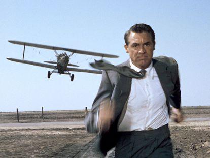 Running Stories nace para ser el perfecto antídoto contra la soledad, y para convertir a los 'runners' en protagonistas de su propia aventura. Aquí, Cary Grant en 'Con la muerte en los talones' (1959), quemando los polvorones.