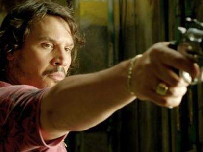 Sergio Peris Mencheta, en un momento de su papel como el narcojunior Martín en 'The Evil that Men Do'.