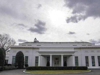 La entrada al ala oeste de la Casa Blanca, donde está el Despacho Oval, este lunes.