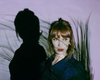Retrato de la ilustradora y escritora Paula Bonet.