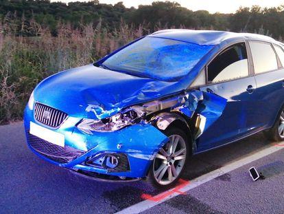 El turismo implicado en el accidente con cinco ciclistas en Sant Pere de Vilamajor (Barcelona)