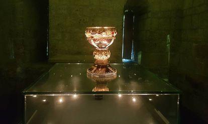 El cáliz original de doña Urraca, un cuenco romano de ónice del siglo I adornado posteriormente con las joyas de la hija del rey leonés.
