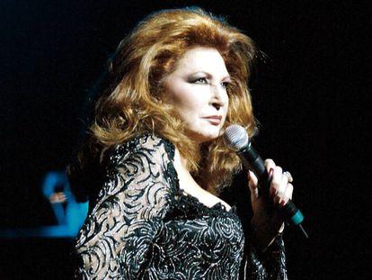 Rocío Jurado en un concierto en Miami en febrero de 2004.