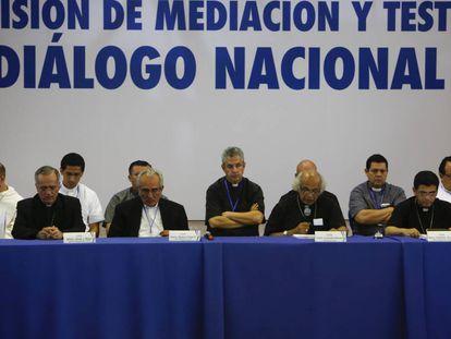 La Iglesia anuncia la suspensión del diálogo entre el Gobierno y la oposición.