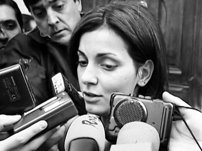 Nevenka Fernández, en una de las imágenes que se ve en la serie documental de Netflix 'Nevenka'.