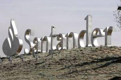 SCUSA, de la que el Banco Santander tiene el 65 %, actualizó hoy ante la Comisión del Mercado de Valores de EEUU (SEC) la documentación sobre la operación. EFE/Archivo