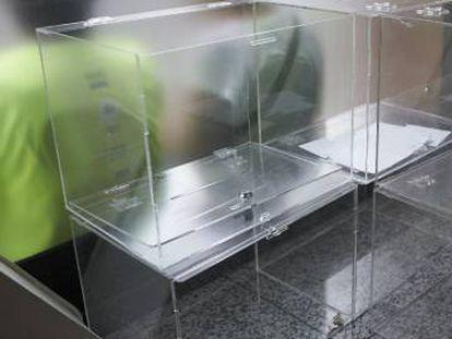 Urnas en el interior de la Asamblea Nacional Catalana (ANC) para el referéndum del 1 de octubre.