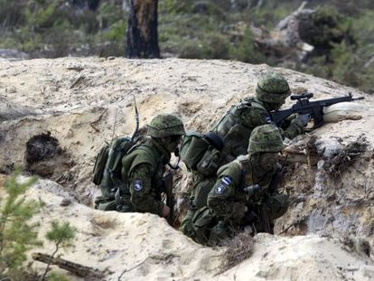 Soldados estonios este martes en las maniobras con la OTAN.