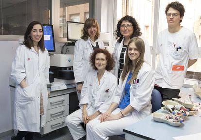 El equipo del Servicio de Microbiología del Hospital de La Princesa