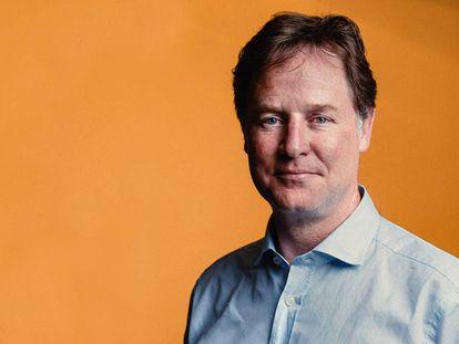 Nick Clegg en las oficinas de Facebook España.