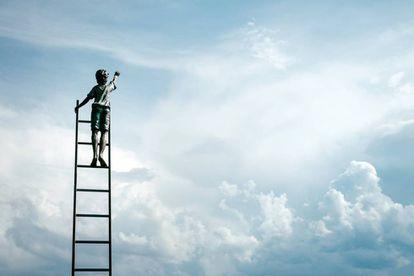 La pregunta es si hay alternativas, si podemos aspirar a un devenir diferente.