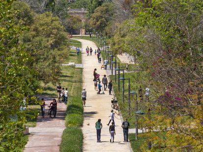 Parque urbano del cauce del Turia, en la ciudad española de Valencia.