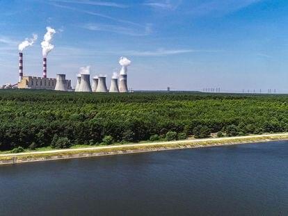 Central de carbón de Belchatow, la instalación que más CO₂ emite de la UE.