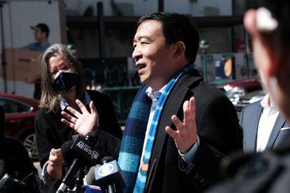 El candidato demócrata a la alcaldía de Nueva York, Andrew Yang, el pasado 5 de abril.