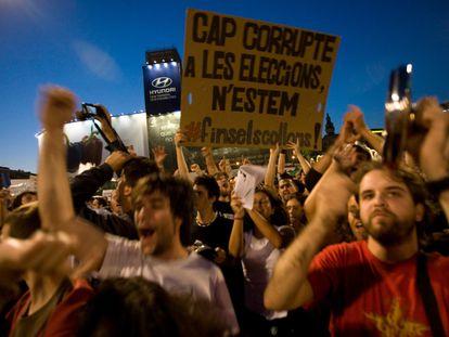 Cacerolada en plaza Catalunya, en mayo de 2011.