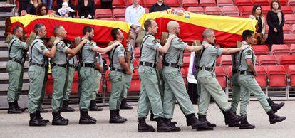 Funeral de los tres suboficiales fallecidos en Viator (Almería), en 2013.