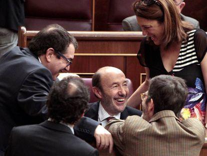 Alfredo Pérez Rubalcaba, en su escaño del Congreso en el año 2014.