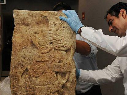 La estela de La Mar llega al Museo Nacional de Antropología en Ciudad de México.