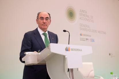 El presidente de Iberdrola, Ignacio Galán, en la junta de accionistas de la compañía este viernes.