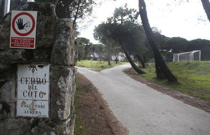 Entrada a la finca Cerro del Coto, en Majadahonda (Madrid).