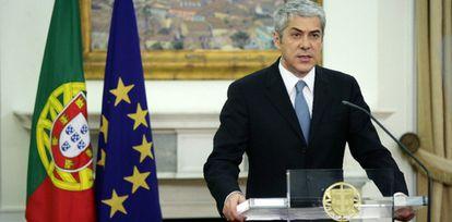 El primer ministro portugués, Jose Socrates, confirmando que Portugal necesita el rescate financiero.