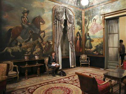 Interior de la vivienda de Julio Muñoz Ramonet de la calle Muntaner, el primer día que se pudo visitar en 2013 tras la sentencia del Supremo.