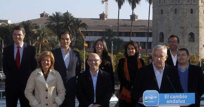Arenas y los cabeza de listas a las autonómicas, el 22 de enero en Sevilla.