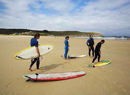 La playa de Roda, en Pantín (Valdoviño, A Coruña), será del 4 al 7 de septiembre el escenario de la competición surfera Pantín Classic.