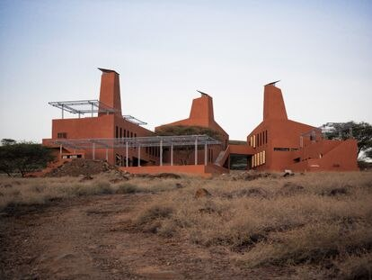 Vista del Campus Starlions junto al lago de Turkana.