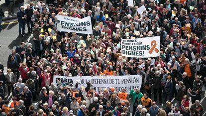 Manifestación en Barcelona en defensa de la revalorización de las pensiones