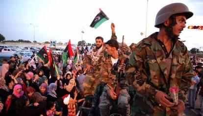 Rebeldes libios son recibidos hoy en Bengasi