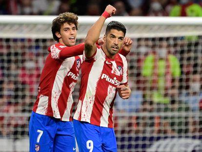Luis Suárez y João Félix celebran el triunfo del Atlético