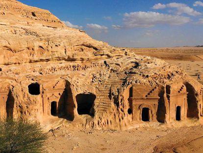 Panteones en Madain Saleh.