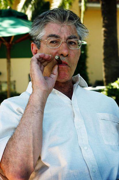 Umberto Bossi, en julio de 2007, durante sus vacaciones en Alassio (Italia).