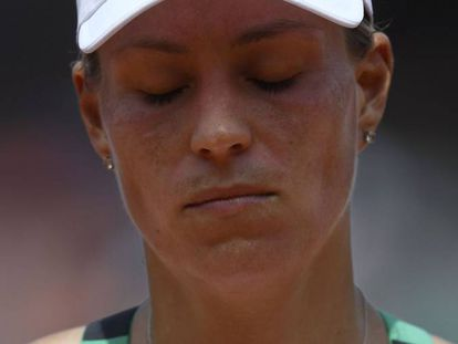 Kerber, durante el partido frente a Makarova en la central.