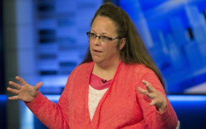 Kim Davis durante una entrevista en la cadena FOX.
