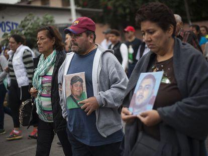 Familiares de desaparecidos marchan en Veracruz.