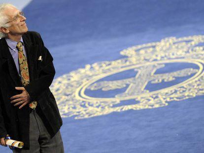 Todorov recibiendo el Príncipe de Asturias en 2008.