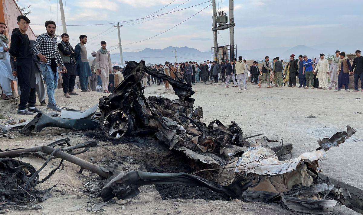 Más de 60 muertos en varias explosiones junto a una escuela de niñas en Kabul