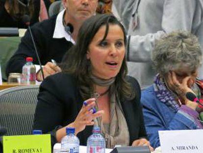 La eurodiputada del Bloque Nacionalista Galego (BNG), Ana Miranda, durante su participación en el Parlamento Europeo (PE). EFE/Archivo
