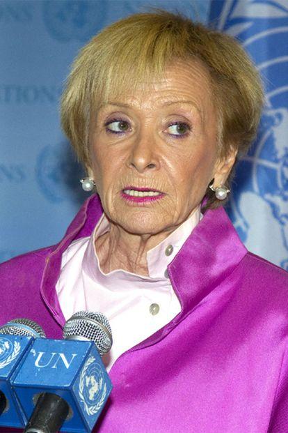 La vicepresidenta primera del Gobierno, María Teresa Fernández de la Vega, durante una rueda de prensa en Nueva York.